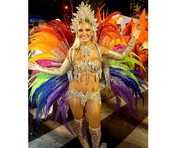 A atriz, viúva do ator e diretor Marcos Paulo, foi eleita a rainha do Carnaval 2012 pelos leitores da Playboy, desbancando outras musas que desfilaram tanto no Rio quanto em São Paulo. Mesmo envolta em polêmicas sobre a possível compra do posto e com o jo<br>