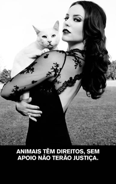 A atriz Paola Oliveira. As modelos do calendário não cobraram cachê.<br>