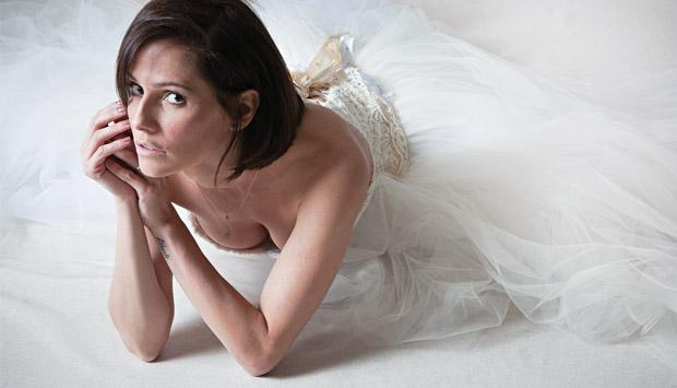 Ao encarnar as fogosas personagens Natalie Lamour e Bruna Surfistinha, Deborah Secco ganhou não só músculos, mas também uma nova estatura profissional. Foi eleita a atriz de 2011.<br>