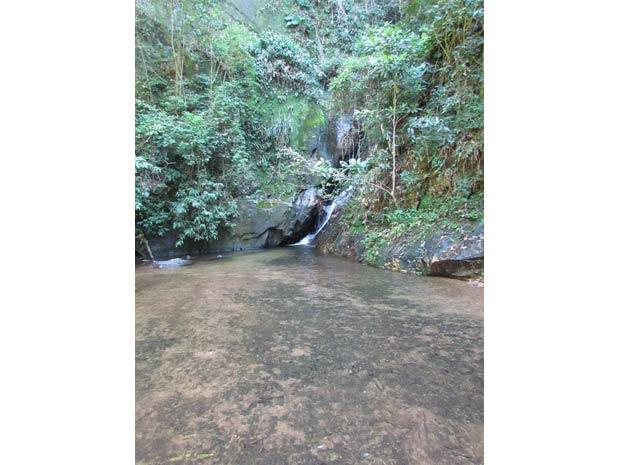 A queda d´água da região foi duramente atingida pelas chuvas de 2010<br>