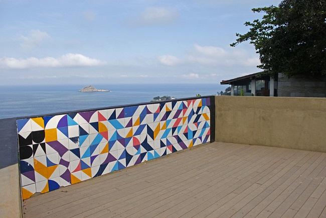 Com 40 metros quadrados, o espaço estava deteriorado e teve a murada de azulejos refeita<br>