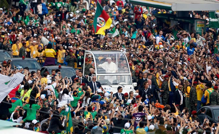 Ao longo de seis dias, peregrinos de 175 países com suas mochilas coloridas participaram da programação especial para os jovens católicos. O auge do evento foi a missa no último dia com o papa Francisco, em Copacabana, com 3,7 milhões de fiéis