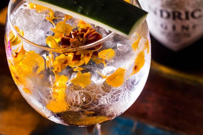 la-carioca-cevicheria_gin-tonica-verde-e-rosa_filico-2-1.jpeg