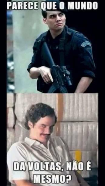 Indicado ao Globo de Ouro, Wagner Moura brilhou no canal Netflix como Pablo Escobar. Na internet, virou motivo de zoação em um meme que brincava com suas encarnações do Capitão Nascimento e do traficante