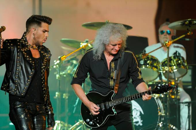 queen-adam-lambert.jpeg