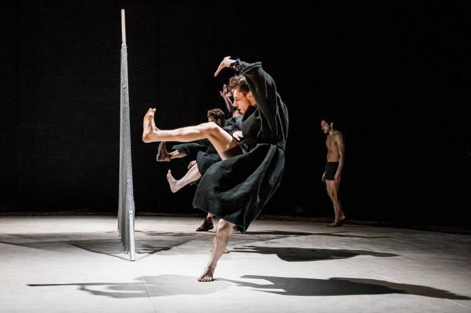 scottish-dance-theatre-s-miann-by-fleur-darkin-featuring-matthew-robinson-and-francesco-ferrari-photo-by-brian-hartley.jpeg