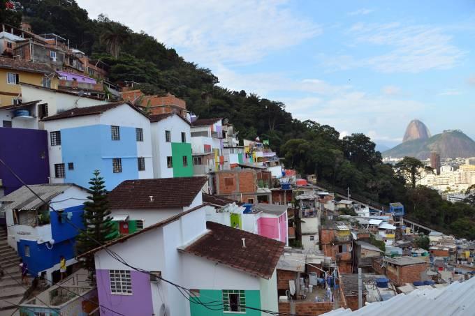 vista_favela_santa_marta_pao_de_acucar.jpeg