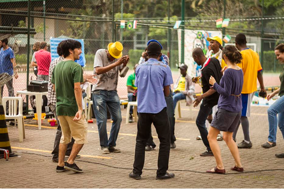 feira-voluntariado-png-2.png