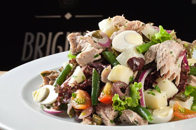 salada-nicoise-mix-de-verdes-atum-vagem-batata-ovo-_003.jpeg