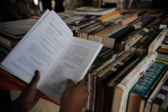 feira-do-livro_01092015_005-850×566.jpeg