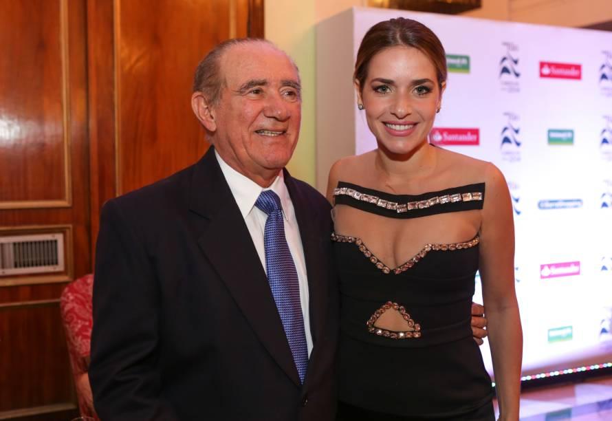Renato Aragão e Monique Alfradique
