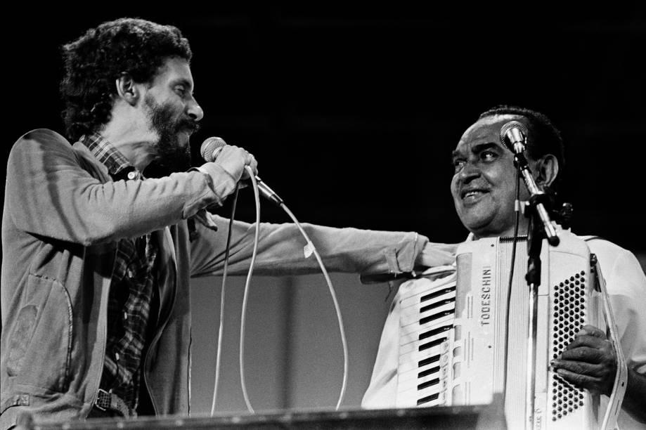 Gonzaguinha e Luiz Gonzaga em show de Gonzaguinha no Canecão