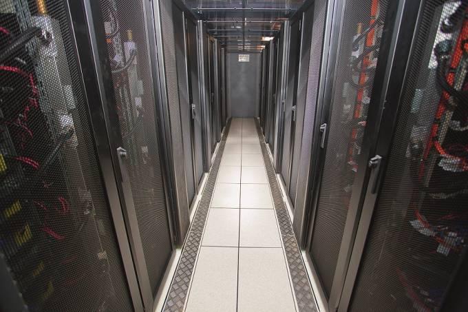 supercomputador-santos-dumont_veja-rio-5087-real.jpeg