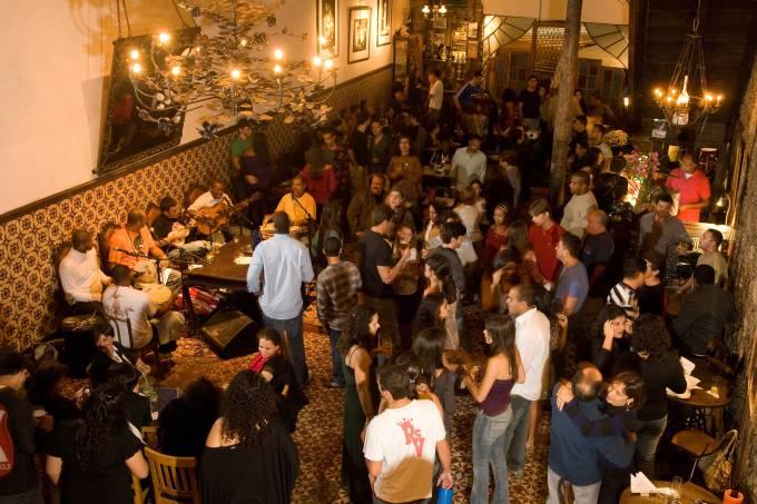 bares-abre-sem-cotacao-00730321.jpeg