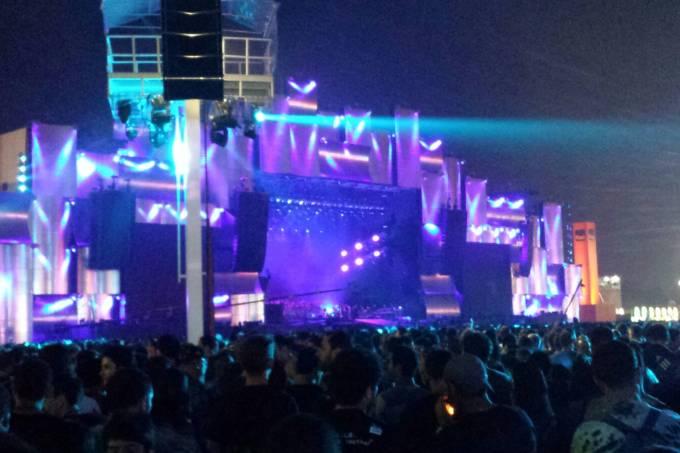 palco-vazio-metallica.jpeg