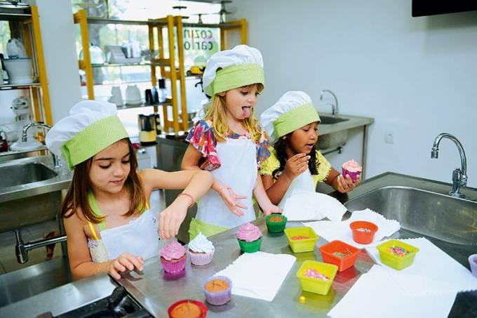 criancas-quadro-cursos-gourmet-mania_suzane-sabbag-1-jpg.jpeg