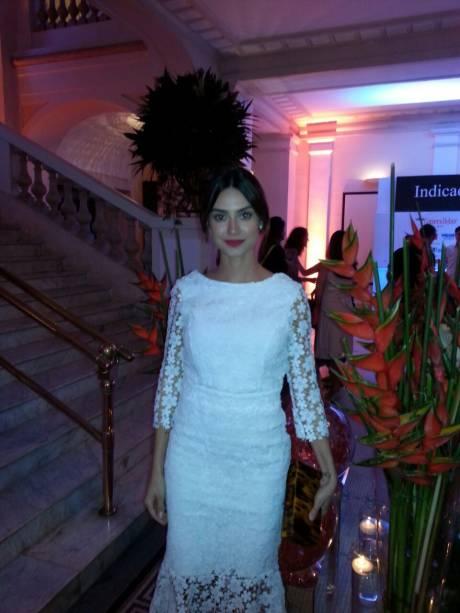 A atriz Thaila Ayala