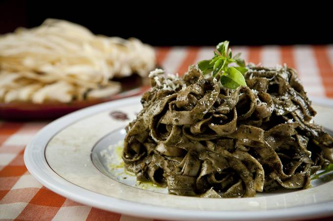 Casa do Sardo; fettuccine ao pesto