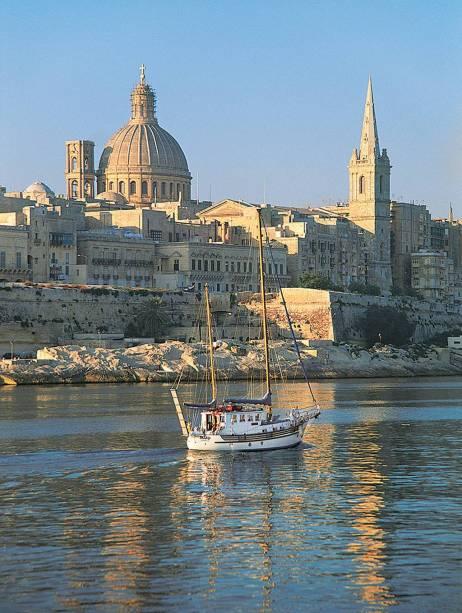 Construída há 400 anos, Valletta, em Malta, mantém-se conservada e exibe novidades, entre elas a inauguração de uma casa de ópera