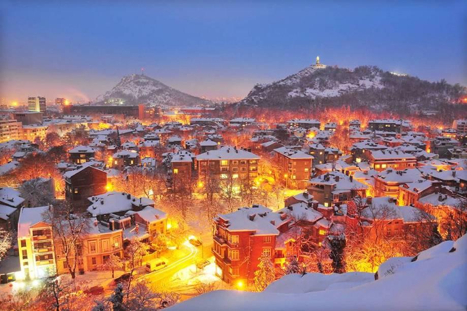A antiga Plovdiv, naBulgária, conta com construções romanas e vida cultural agitada, incluindo cafés, galerias e bares