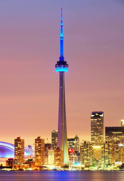 Maior metrópole do Canadá, a multicultural Toronto tem mais de 100 línguas faladas em suas largas avenidas. Também será palco dos jogos Pan-Americanos de 2015