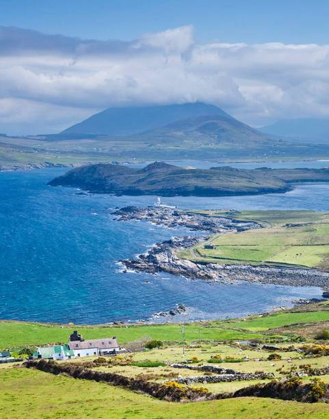 Bares tradicionalíssimos e a típica música local farão com que o turista queira ficar para sempre na Irlanda