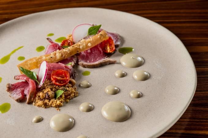 restaurantes-1-prato-2-receitas-20150814_laguiole_buffet_0709_alta_credtomasrangel.jpeg