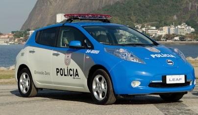 nissan-leaf-policia.jpeg