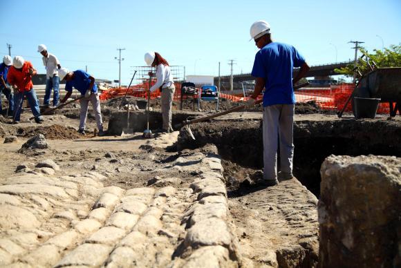 linha_4_arqueologia_19.jpeg
