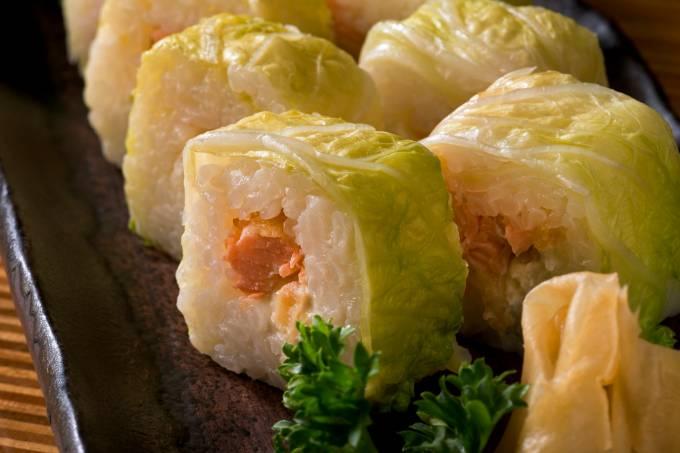 kotobuki_hakusai-shakekatsu-acelga-recheada-com-salmao-a-milanesa-e-cream-cheese.jpeg