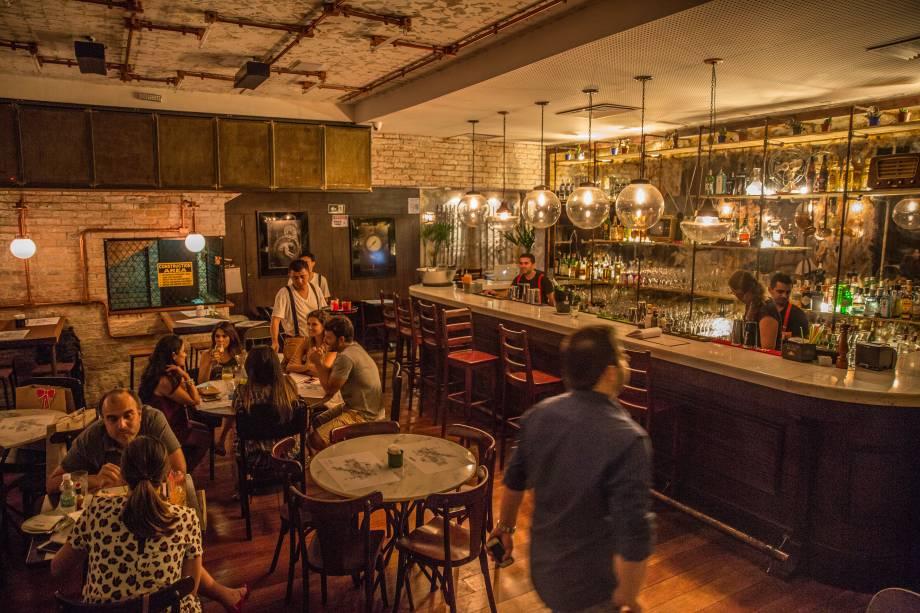 Salão de decoração única: trunfo do bar