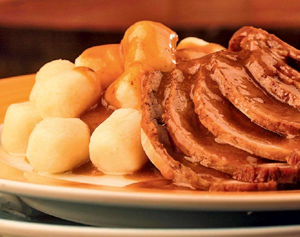 Nhoque e carne assada: dica para o almoço
