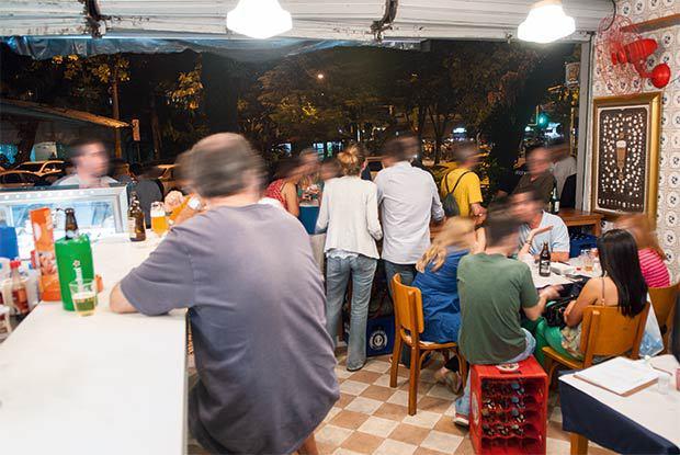 Brewteco: lugar é ponto de encontro de apreciadores de cerveja e gente informal
