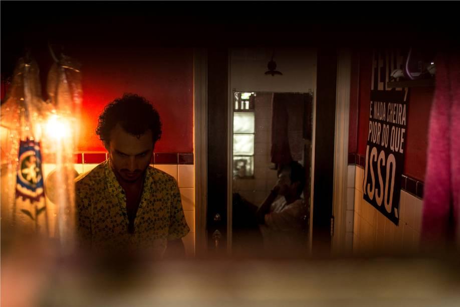 Peça acontece durante 24 horas em uma casa em Santa Cruz