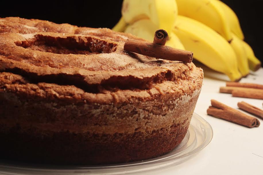 Bolo de banana com canela da Fábrica de Bolo da Vó Alzira