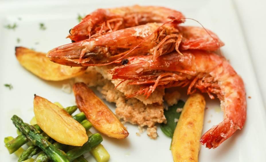 Festival de camarão no restaurante Gabbiano Al Mare
