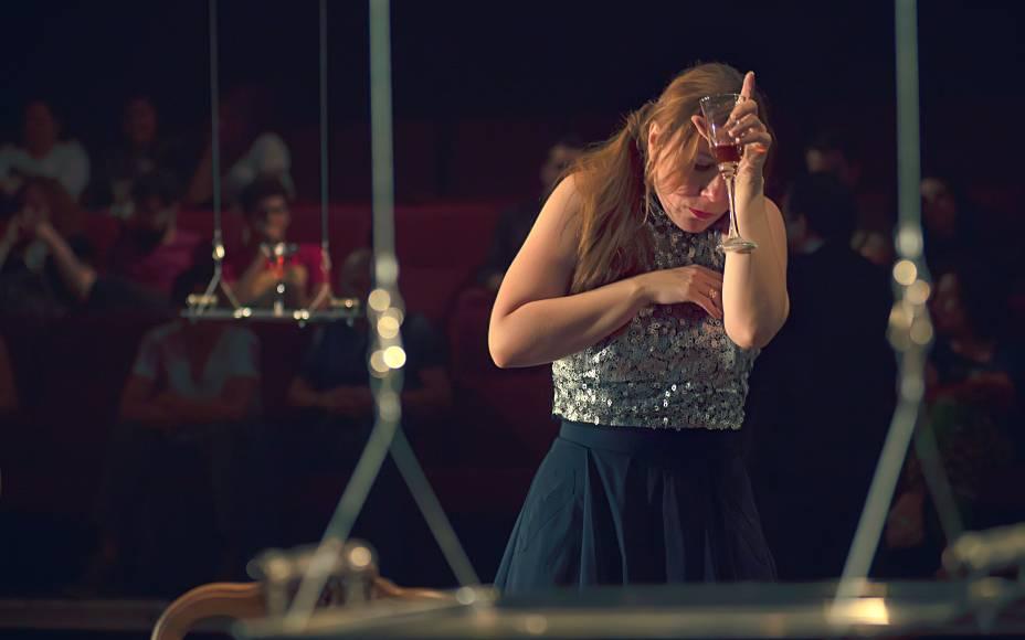 Patrícia Selonk: no novo trabalho da Armazém Companhia de Teatro