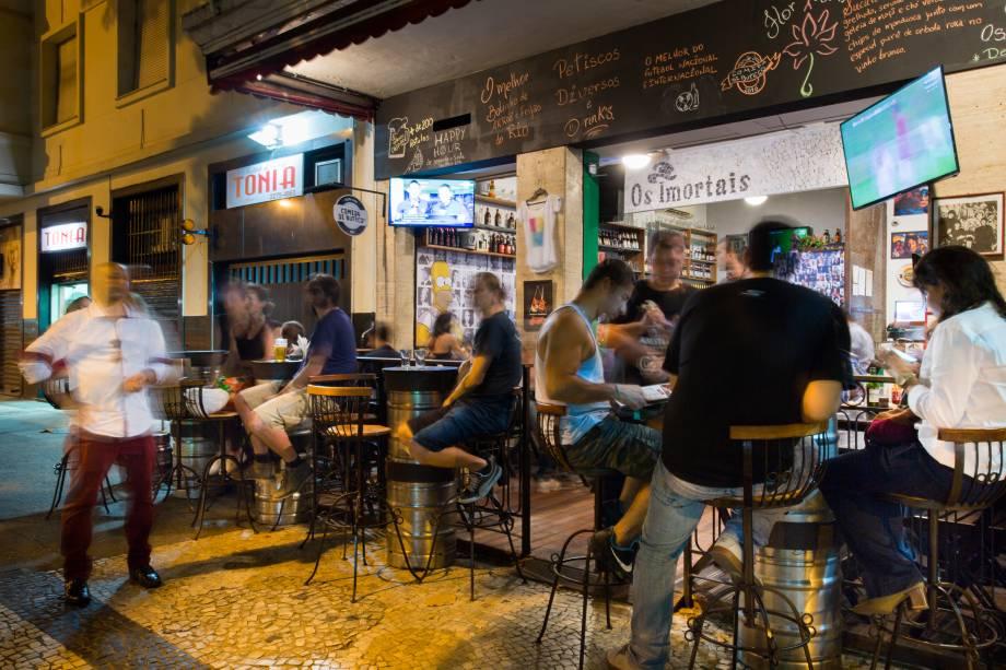 O bar, aberto em 2012, foi pioneiro na revitalização da rua Ronald de Carvalho