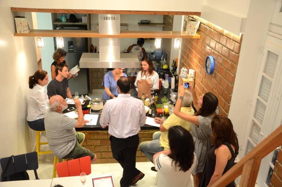 Prosa na Cozinha - Aula com a chef Manu Zappa