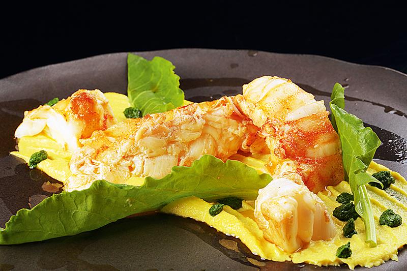 Cavaquinha com purê de açafrão: atração do menu do Paris Gastrô