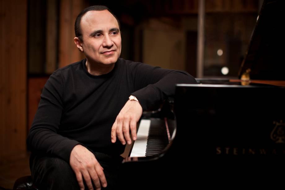 Talento do piano: o dominicano mistura jazz a ritmos caribenhos