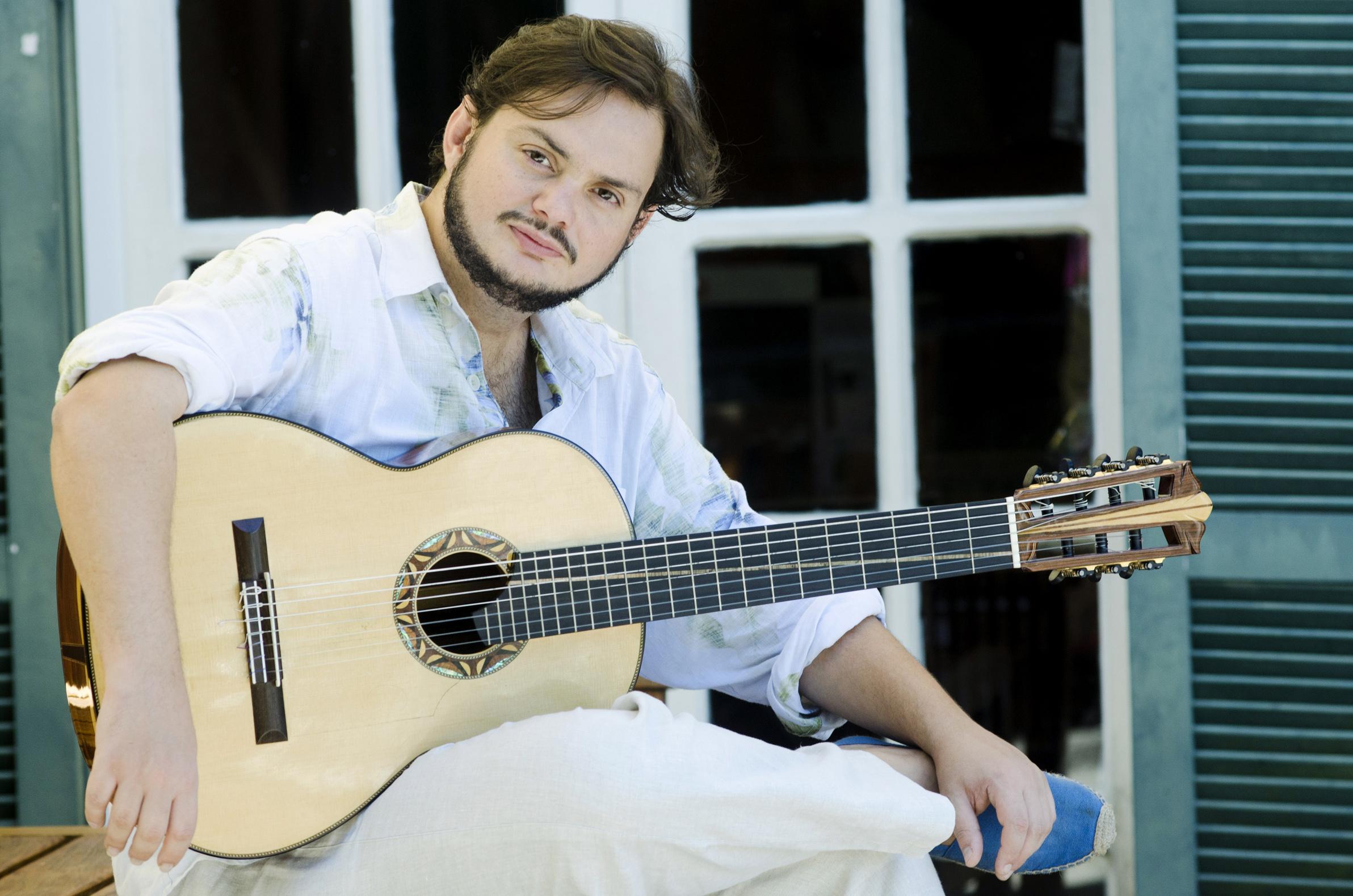 O violonista: jovens convidados na Sala Cecília Meireles
