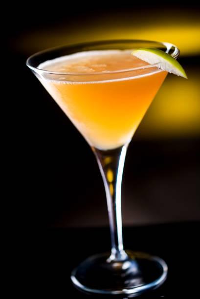 Jack Daniels, sucos de maçã e limão, e xarope canela: receita do Teto Solar