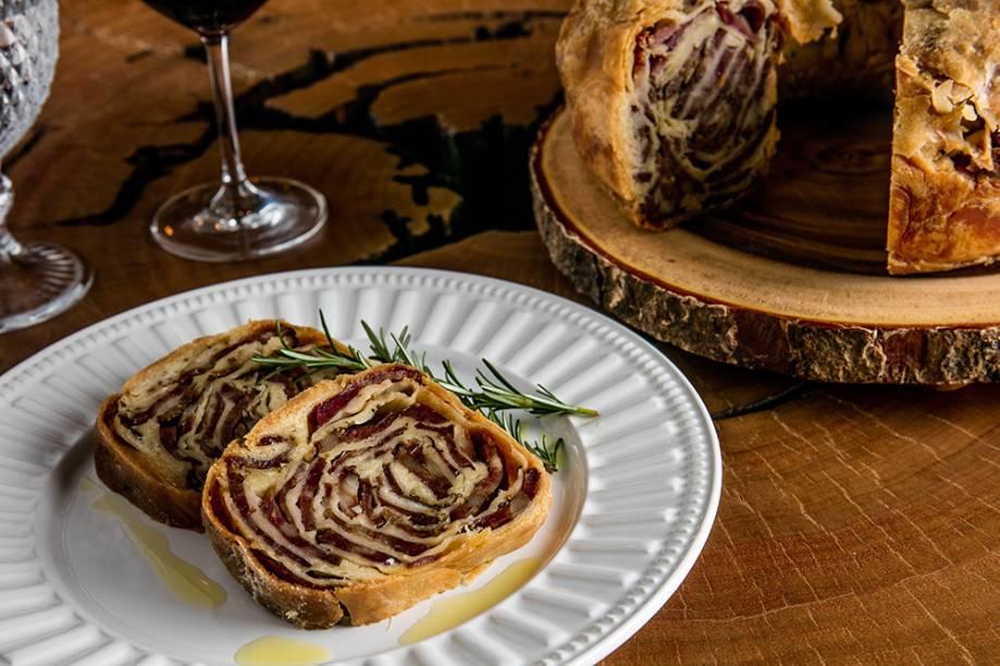 Porquinho tonkatsu: com picles de legumes
