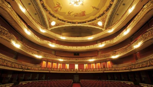 teatro-municipal-sp.jpeg