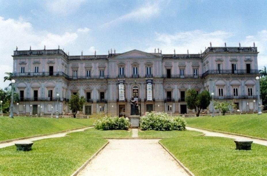 O casarão de São Cristóvão onde a família real viveu é cercado de histórias assustadoras como a das aparições da imperatriz Leopoldina.<br>