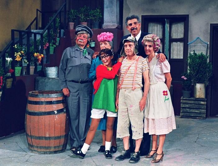 O ator Rubén Aguirre ficou famoso entre as crianças do mundo inteiro ao interpretar o personagem no seriado mexicano Chaves, que o SBT exibe no Brasil desde a década de 80. Apaixonado por dona Florinda, mãe de um de seus alunos, o Kiko, ele luta para educ<br>