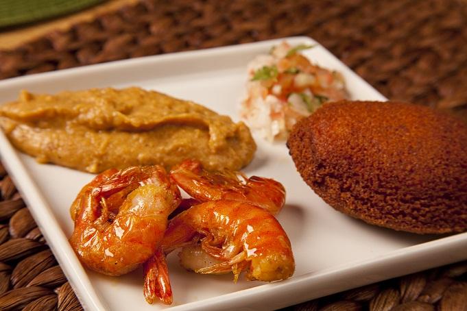 Mini acarajé é uma das opções de entrada do menu promocional do restaurante<br>