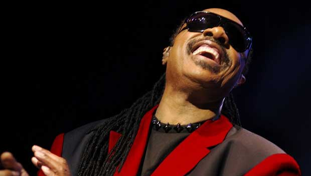 Ele ganhou 25 Grammy Awards, o maior número já conquistado por um artista masculino<br>