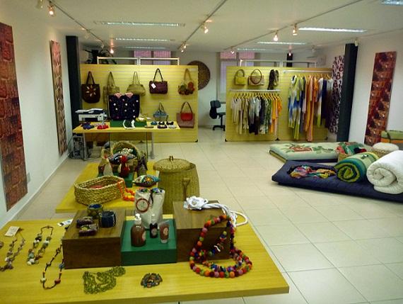 Feira tem produtos artesanais do Brasil inteiro<br>